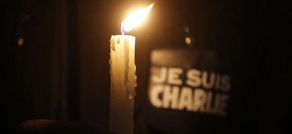 Des artistes rendent hommage aux victimes des attentats